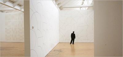 http://graphics8.nytimes.com/images/2007/04/20/arts/design/21lewi600.jpg